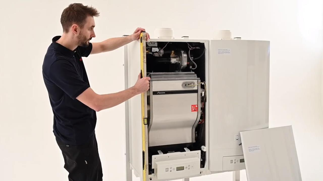 Bosch Commercial & Industrial GB162 boiler installation guide image