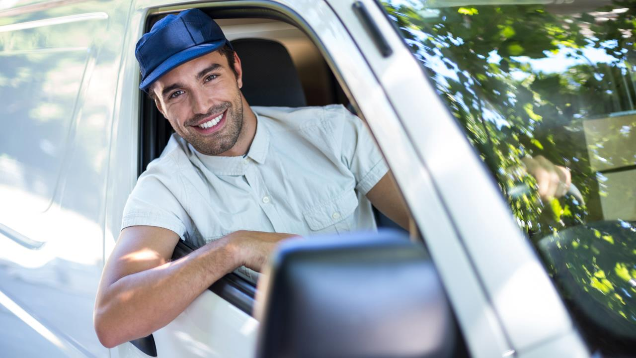 New research highlights the threat of sun damage to van drivers image